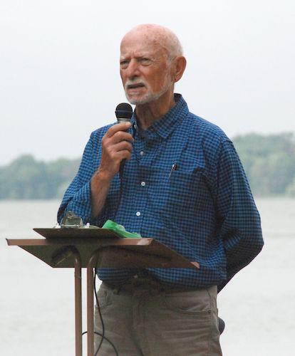 Ralph addressing the gathering at the Metta Meditation Center